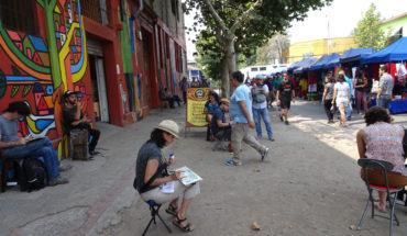 Está en el Barrio Franklin: Mira el mural más grande pintado por una mujer en Chile
