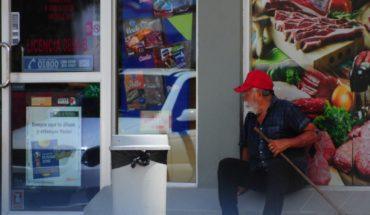 Indigentes causan preocupación y temor en tienda de autoservicio