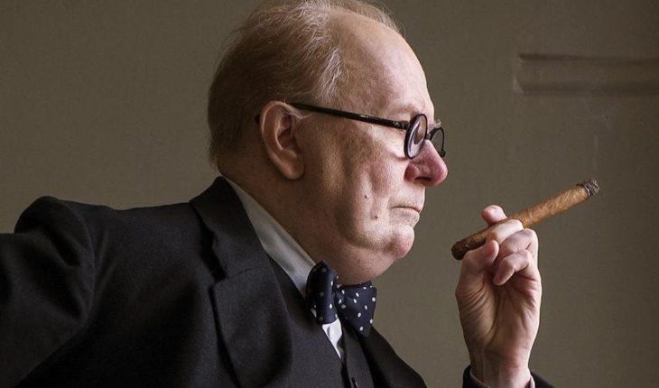 A Octavio Armand le ofrecen en Caracas una caja de 20 Churchills por una conferencia sobre el rito del #cohoba y, antes ...