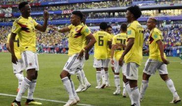 Aficionados de Colombia reciben a su selección con especial cántico a Yerry Mina