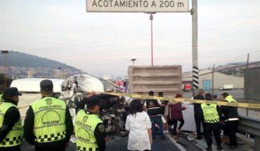Choque en la México-Pachuca deja al menos 12 muertos