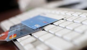 Compras de extranjeros con tarjeta de crédito y débito en Chile caen casi 20%