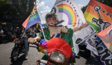Comunidad LGBT desfila en Seúl a pesar de las protestas