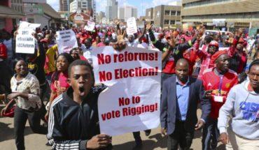Cuestionan lista de votantes de Zimbabue de cara a elección