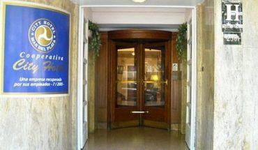 Descubrieron en un hotel de Mar del Plata una secta que esclavizaba y abusaba de mujeres