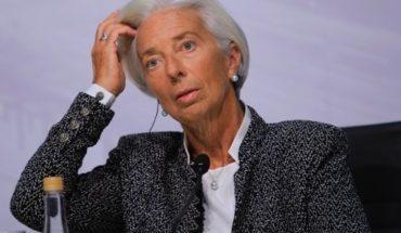 El avión en el que viajaba Christine Lagarde debió aterrizar de emergencia