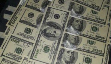 El dólar comenzó la semana en baja y terminó en $28,62