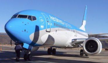 El ministro de Transporte denunció al gremio de pilotos por los comunicados sindicales