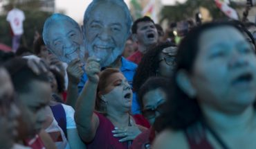 Festival musical reúne a una multitud en Río para pedir la libertad de Lula