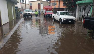 Inundación en 27 viviendas por tormenta y granizada en Los Reyes, Michoacán