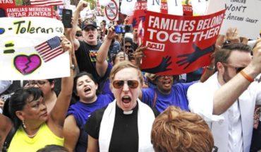Juez elogia reunificación de familias en EEUU