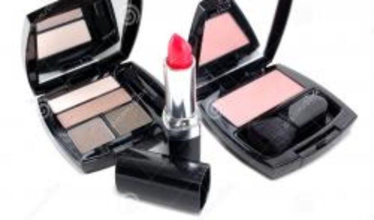 La Belleza En La Mujer, Cuidamos Su Apariencia, Los Productos De Buena Calidad De La Tienda Garant ····  * #Perú...