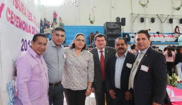 Lupillo Aguilera inaugura techo elevado en el Colegio de Bachilleres de Tingambato