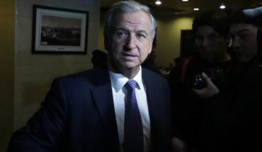 """Ministro de Hacienda dijo que clasificadora de riesgo """"se contradice"""""""