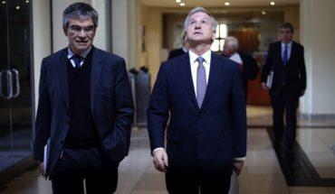 """Ministro de Hacienda llamó a la calma por hackeo: """"Los bancos han bloqueado alrededor del 100% de las tarjetas"""""""