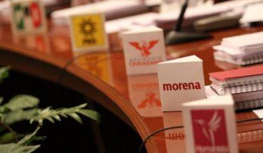 Morena presenta iniciativa para reducir dinero a partidos
