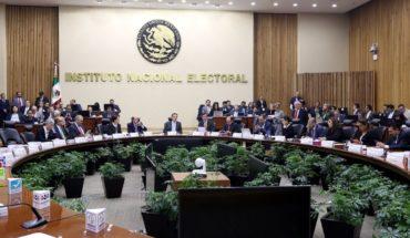 Multa el INE con $197 millones a Morena