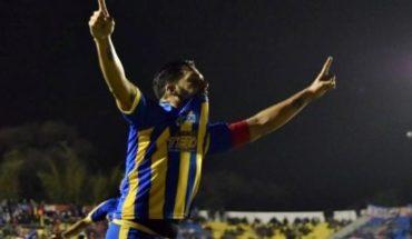 Perdió un ojo de chico, juega en la tercera división de Paraguay y clavó un golazo que piden para el Premio Puskas