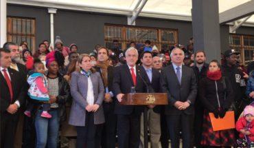 Piñera inauguró departamento de extranjería con capacidad para atender a unos mil migrantes en Santiago centro