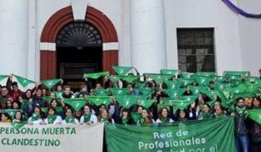 Profesionales de la salud lanzaron la campaña #ContásConNosotrxsa favor del aborto