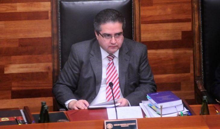 Revelan declaraciones de Carlos Carmona tras sumario de acoso en la Universidad de Chile