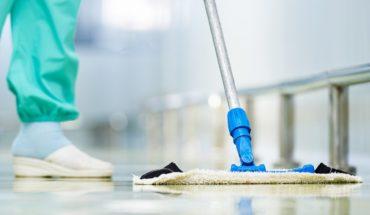 #SabíasQue A la hora de realizar la higienización en espacios médicos, es fundamental tener en cuenta que las limpiezas ...