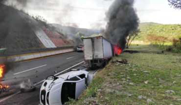Tráiler embiste a 6 autos en la Autopista del Sol