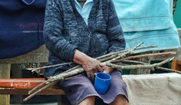 Vecinos de Arví . . #nikon #idpaisa #IDColombia #Colombia #people #gente #LetsGuide #granny #abuela #300mm #travel  ...