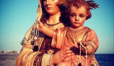 Virgencita del Carmen, en tu día, te pido con humildad y devoción que cubras a #Venezuela y al Mundo de #Bendiciones ...
