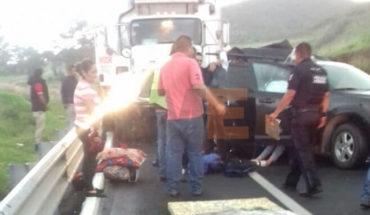 Volcadura sobre la autopista Pátzcuaro-Cuitzeo deja una muerta y cuatro lesionados