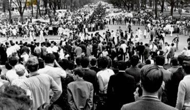 1968: Desborda el Zócalo marcha de 400 mil personas