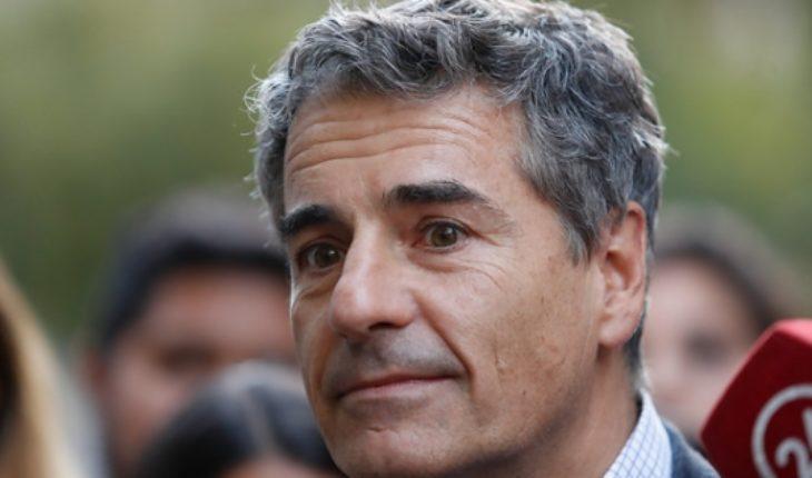 "Andrés Velasco arremete contra la reforma tributaria: ""Cuesta creer que sea fiscalmente neutra"""