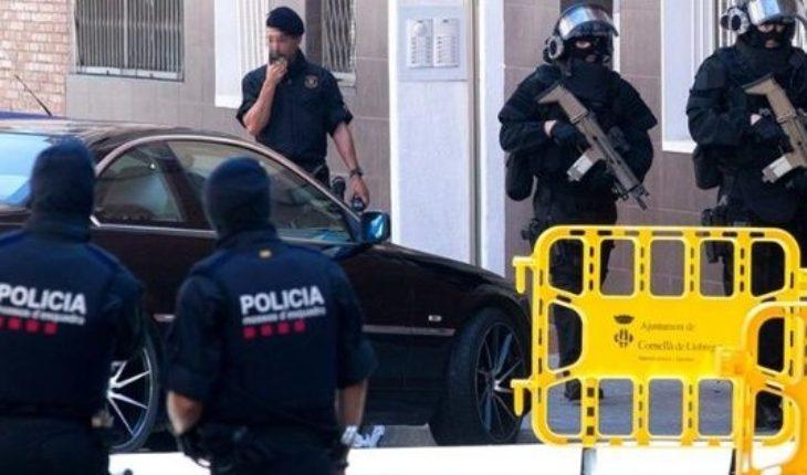Ataque en Barcelona: un hombre entró con un cuchillo a una comisaría