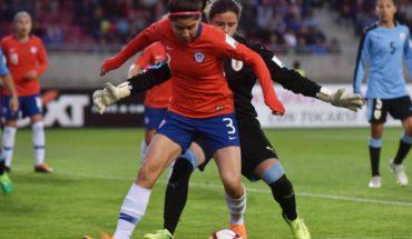 Carla Guerrero y Karen Araya partirán al fútbol español