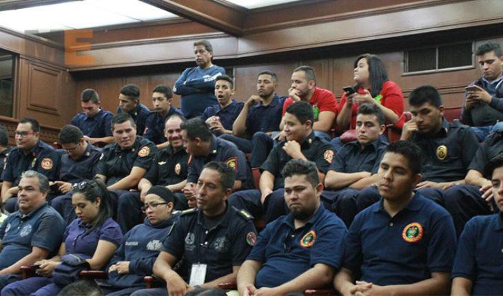 Congreso de Michoacán aprueba la Ley de Bomberos y con ella les otorga seguridad jurídica