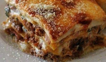 Deliciosa lasagna para compartir con amigos
