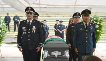 Despiden con honores a policía asesinado en Chihuahua