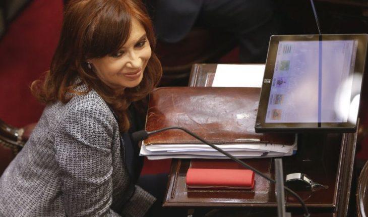 Encontraron carta de San Martín dirigida a O'Higgins en allanamientos a Cristina Fernández