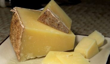 Encuentran queso maldito infectado de una bacteria mortal