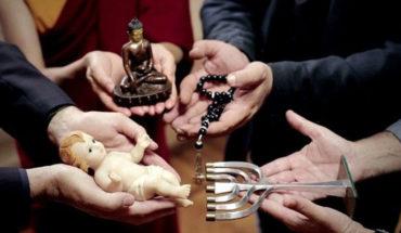 Encuesta afirma que entre más religioso es un país más pobreza hay