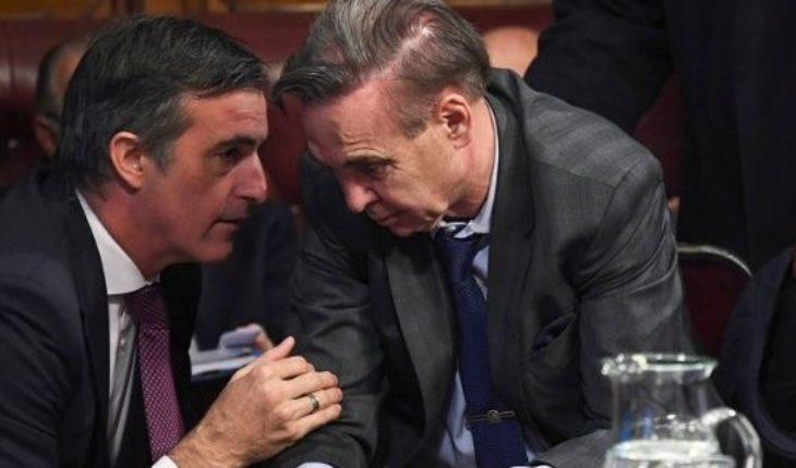 Esteban Bullrich acusó al PJ de dilatar los allanamientos a Cristina Kirchner
