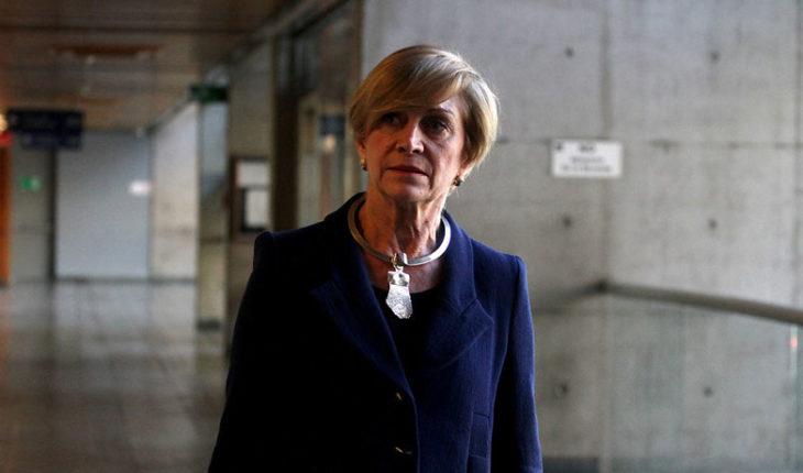 """Evelyn Matthei: """"Según Naciones Unidas, Bachelet tiene que renunciar a todo en Chile"""""""