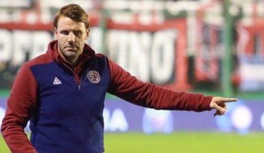 Ezequiel Carboni dejó de ser el entrenador de Lanús, que ya tiene a su reemplazante