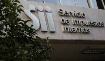 Funcionarios del SII se manifestaron contra la reforma tributaria y pidieron que sea rechazada en el Congreso