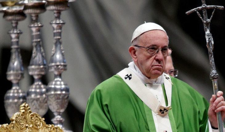 """La iglesia católica no actuó a tiempo para reconocer """"la gravedad del daño"""" de los abusos sexuales: papa Francisco"""