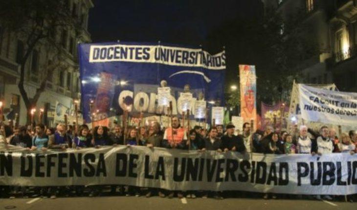 Los docentes universitarios paran toda la semana en rechazo a la suba salarial ofrecida