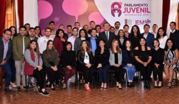 Los jóvenes impulsarán nuevas formas de participación en la democracia: Congreso de Michoacán