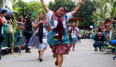 Mexicanas homenajean a la tradicional tortilla con carrera