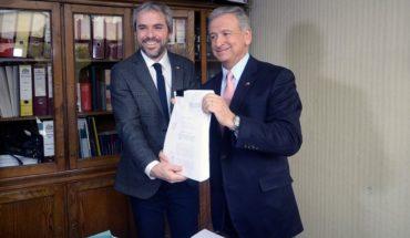 """Ministro Blumel pidió dejar de lado los """"eslóganes"""" en discusión de la reforma tributaria"""