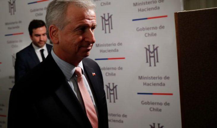 """Ministro de Hacienda y críticas a reforma tributaria: """"Primero conózcanla, denle una oportunidad"""""""